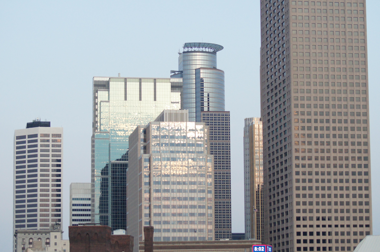What is a metropolis 44